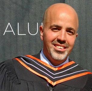 حصول الباحث /طارق محمد يحيى عبد الرحمن الفرا على درجة الماجستير