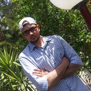 """حصول أ . أحمد عبد الناصر قاسم الفرا على درجة البكالوريوس """"إنجليزي"""""""