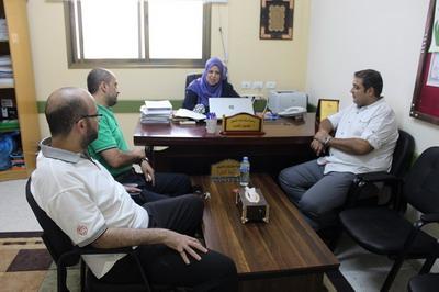 وفد من لجنة الأنشطة في زيارة لمركز نوار