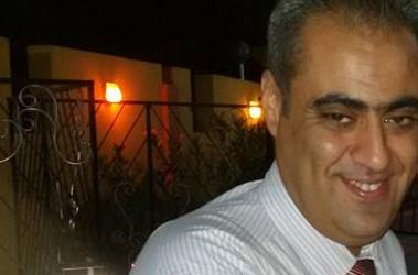 السيد شادي جمال رزق الفرا يجري عملية جراحية بظهره