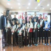 ابناء عائلة الفرا يُنيرون حفل تكريم مدرسة الأمام محمد بن صالح العثيمين لأوائل الطلبه