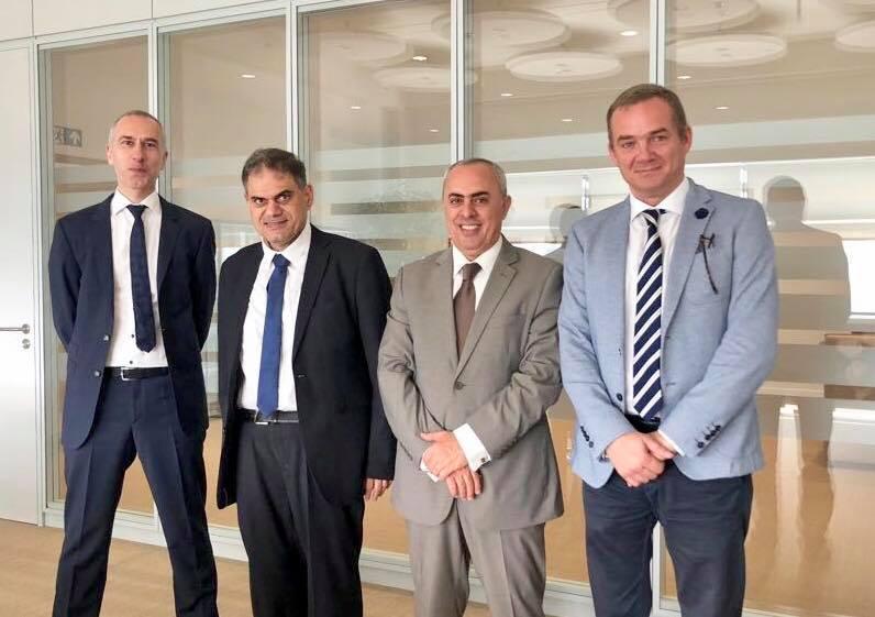 السفير الفرا يبحث سبل تعزيز التعاون الثقافي بين فلسطين واقليم فلاندر