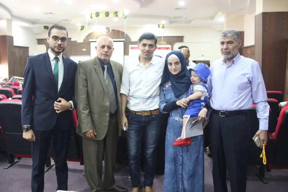 مناقشة مشروع التخرج للدكتورة : حنين عبدالخالق علي الفرا