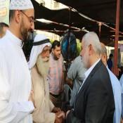 رئيس المكتب السياسي لحركة حماس /اسماعيل هنية يقوم بواجب العزاء في الدكتور / سليمان محمد الفرا