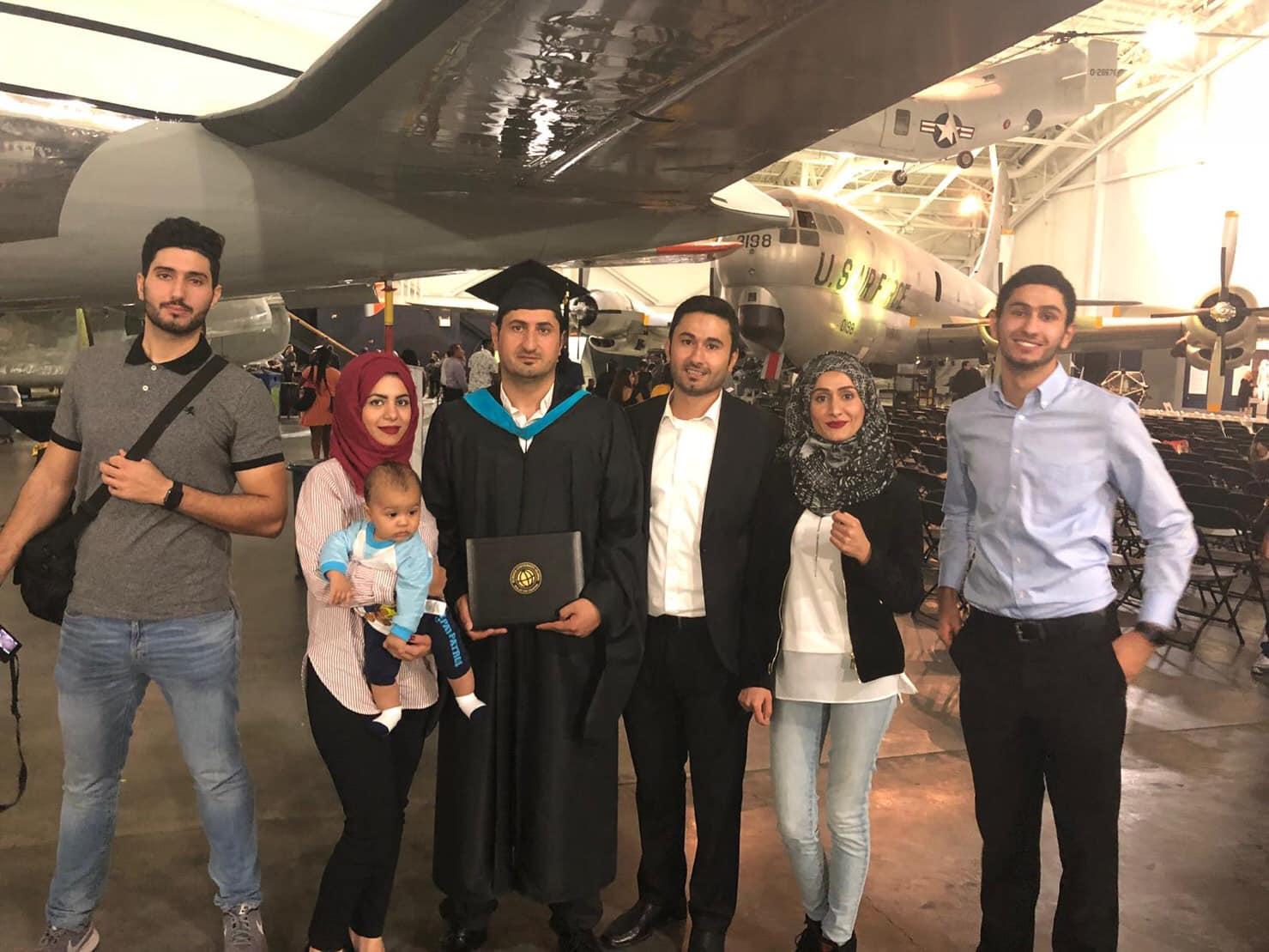 بالصور : حصول رجل الأعمال / عبد الهادي عطا الفرا على درجة الدكتوراة