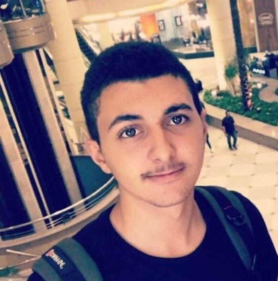 الشاب : محمد وليد جودة الفرا يغادر ارض الوطن لدراسة الطب