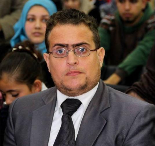 دعواتكم بالشفاء للأستاذ: أحمد عبد الرحمن عطوة الفرا
