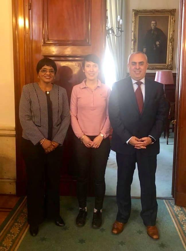 السفير الفرا يلتقي ممثلة منظمة التعاون الاسلامي في بلجيكا