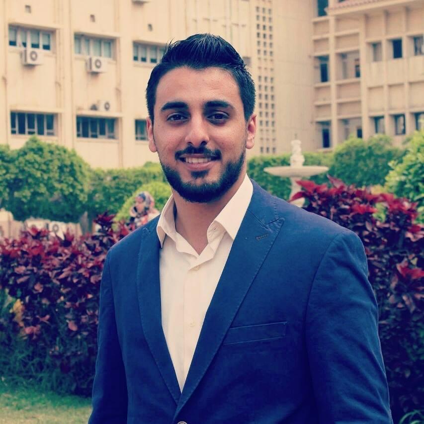 """د. محمد جمال توفيق الفرا يحصل على درجة بكالوريوس """"طب عام"""""""