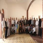 حركة حماس في زيارة اجتماعية لدواوين العائلة
