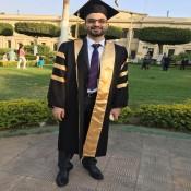 أ. أنيس هشام راغب الفرا يحصل على درجة الماجستير في الادراة المالية