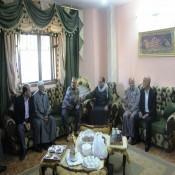 رئيس مجلس العائلة ومختار العائلة في زيارة ودية للعقيد ايمن الفرا