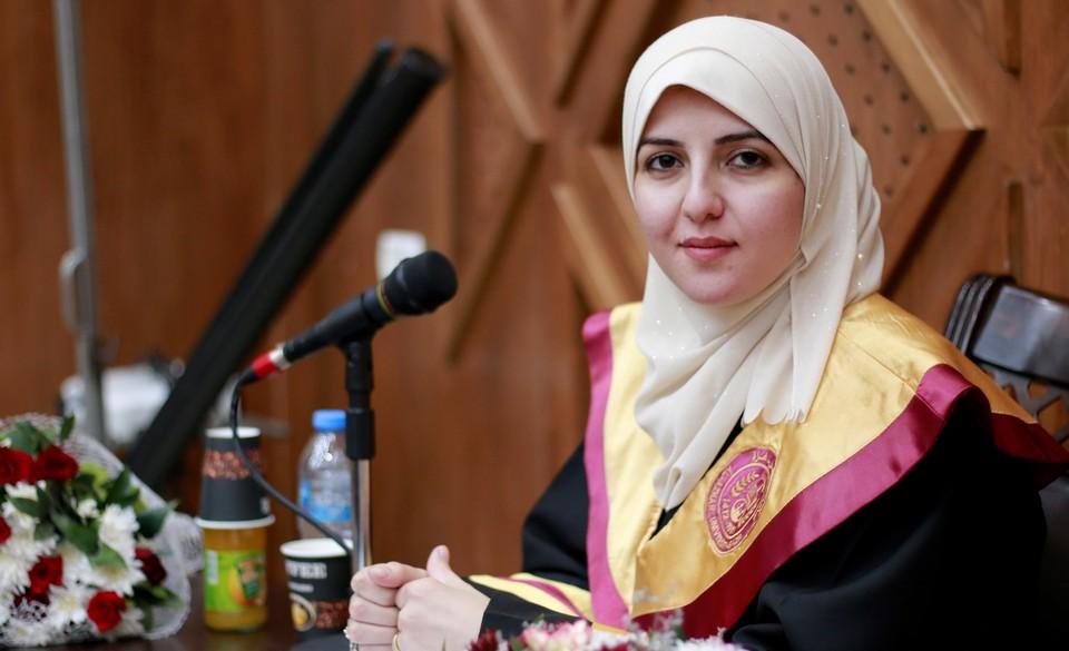 مناقشة رسالة الماجستير للباحثة أ. إسلام مازن الاغا
