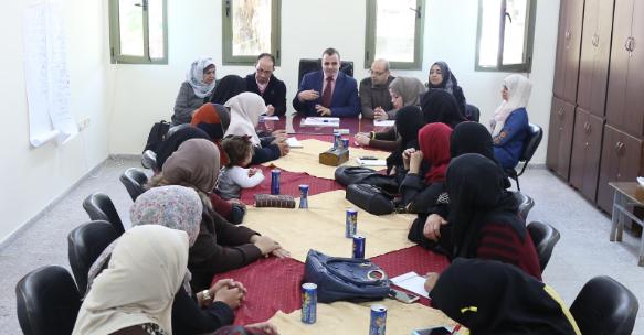 جمعية المرأة العاملة وبلدية خان يونس تشكلان مجلس ظل في المدينة