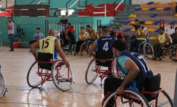 المنافسة تشتعل في دوري كرة السلة للمعاقين على الكراسي المتحركة