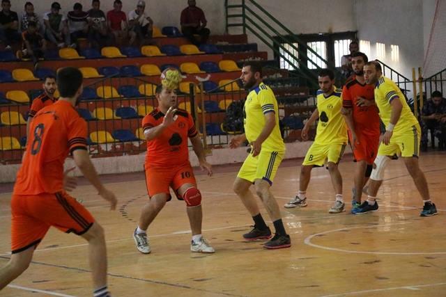 خدمات النصيرات يتفوق على غزة الرياضي
