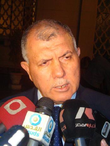 د.بركات: يحق للفلسطيني بمصر الاحتفاظ بجنسيته الاصلية