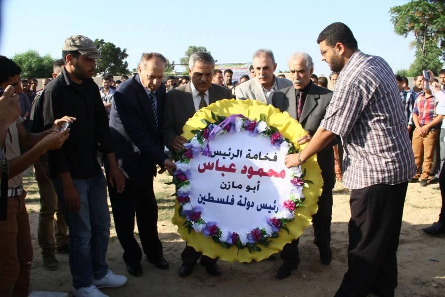 د. أسامه الفرا محافظ مدينة خانيونس يشارك فى إحياء ذكري وفاة الفريق /عبد الرزاق المجياده