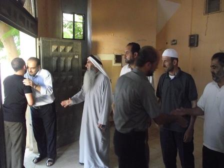 زيارة لجنة الانشطة لأهالي الشهداء