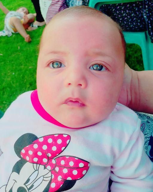 الطفلة الرضيعة: أمال في ذمة الله
