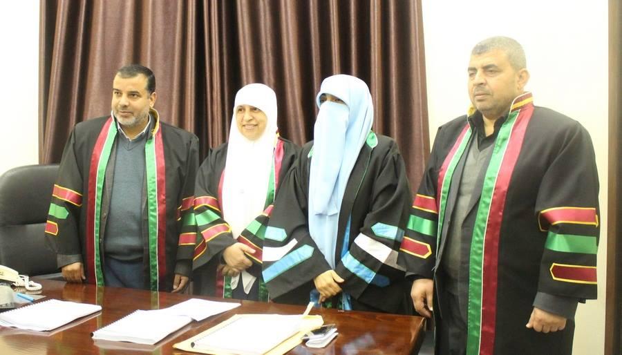الباحثة : رضا محمد أحمد الأسطل تحصل على درجة الماجستير